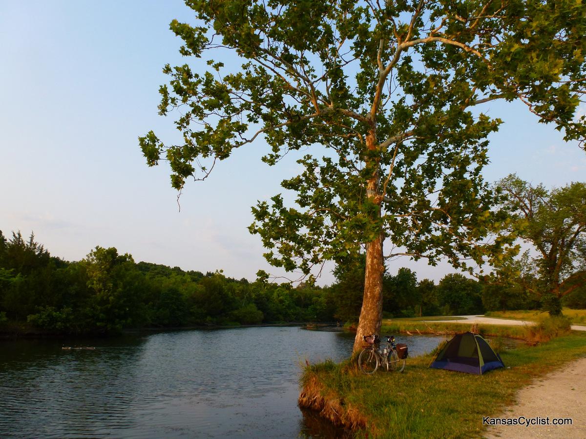 Douglas state fishing lake bicycle camping kansas for Fish lake camping