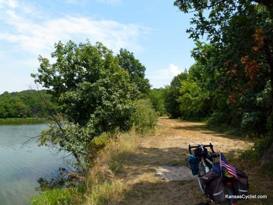 La Cygne Wildlife Area - Campsites - This area along La Cygne Lake is available for primitive camping. There are no amenities -- no picnic tables, no fire rings, no water, and no electricity.