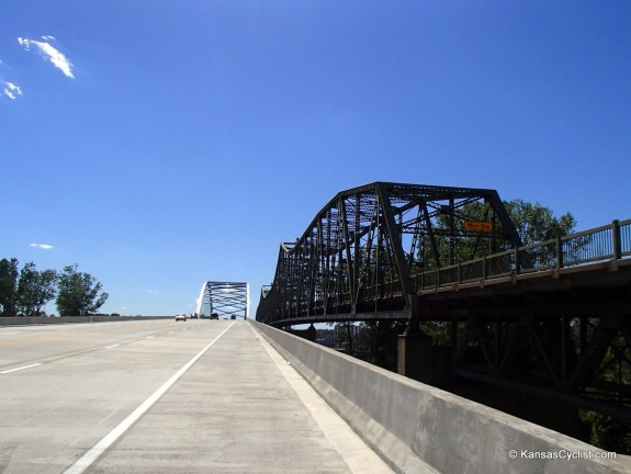 Amelia-Earhart-Memorial-Bridge-Westbound-1
