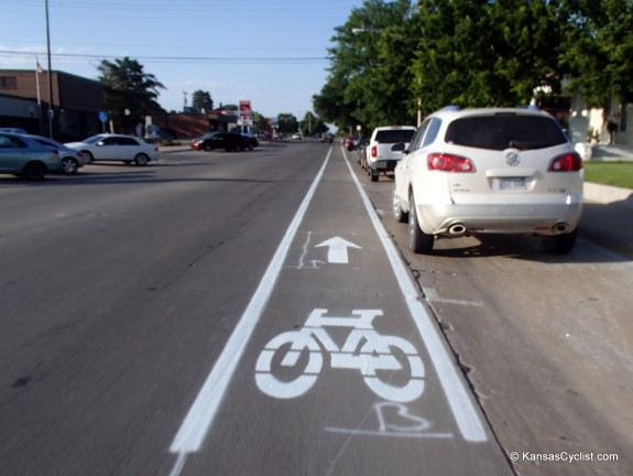 Some of the bike lanes appear to be in the door zone.