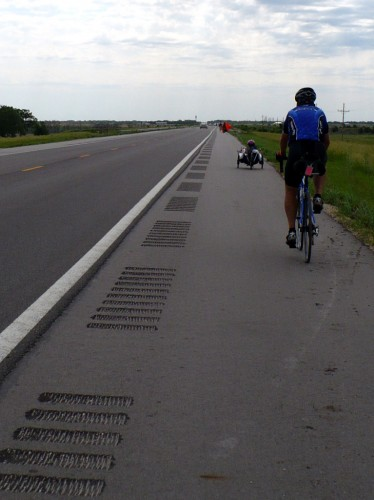 Shoulder rumble strips