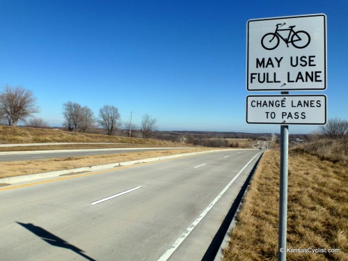 MO-150 Bikes May Use Full Lane