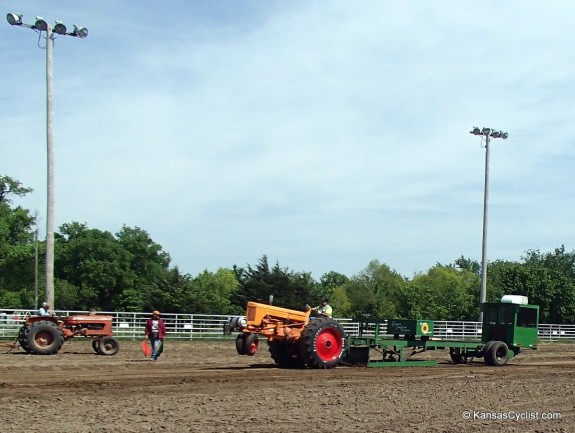 Mapleton Tractor Pull