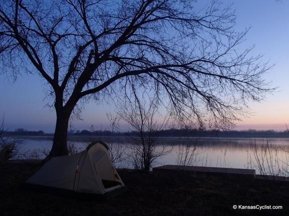 Santa Fe Lake - Tent
