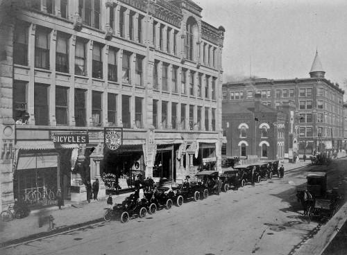 Wichita Bicycle Shop North Market 1910a