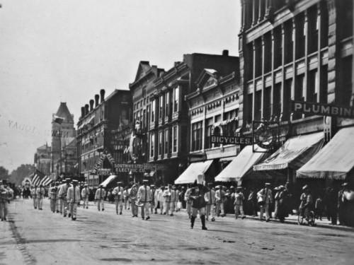 Wichita Bicycle Shop North Market 1910b