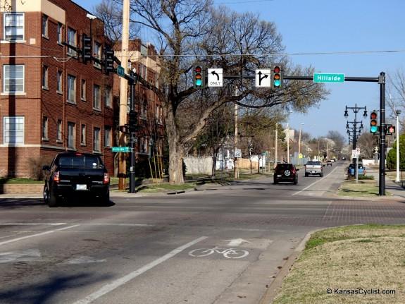 Wichita 1st St Bike Lane - Right Turn